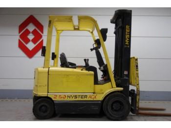 HYSTER J2.50XM  - 4-riteņu autokrāvējs