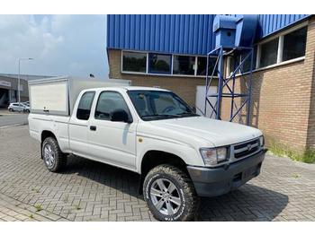 Toyota Hilux X-CAB 4WD Benzine  - automobil