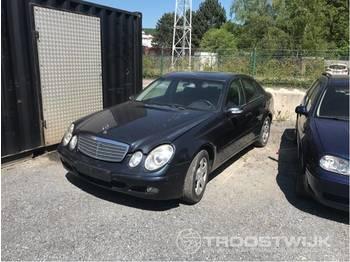 Mercedes-Benz E200cdi - легковий автомобіль