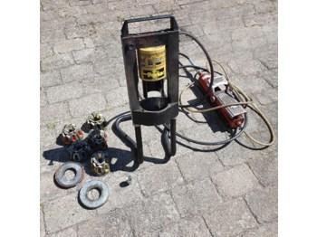 Parker Slangepresse - обладнання для гаражів/ майстерень