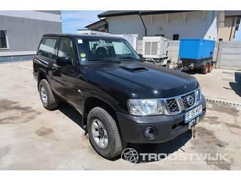 Nissan Patrol - osobní auto