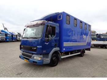 DAF LF 45.150 + manual + horse transport for 4 horses - kamion za prevoz stoke