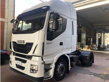 Камион влекач IVECO Stralis 460