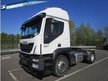 Камион влекач Iveco Stralis 420 AT