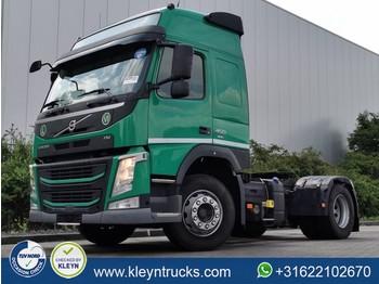 Камион влекач Volvo FM 450 globe 6622 kg empty