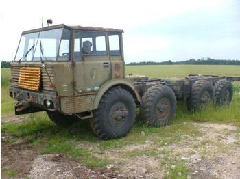 TATRA 813 8x8 - kamion kabinë-shasi