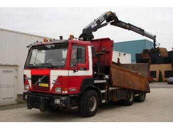 Terberg FL1350 6X6 KIPPER MET KRAAN - kamion vetëshkarkues