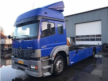 Mercedes-Benz ATEGO 1823 L  - konteynır taşıyıcı/ yedek karoser kamyon