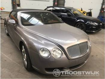 Bentley Continental GTC - lengvasis automobilis