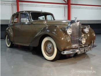 Bentley MK VI Saloon 4.3L - lengvasis automobilis