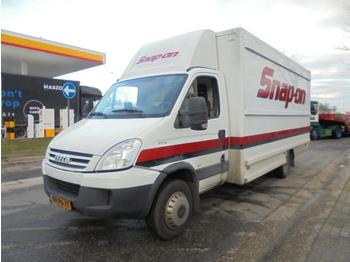 Iveco DAILY 60C18 - furgons ar slēgtā virsbūve