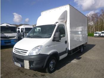 Iveco Daily 35C15 4x2 closed box + taillift - furgons ar slēgtā virsbūve