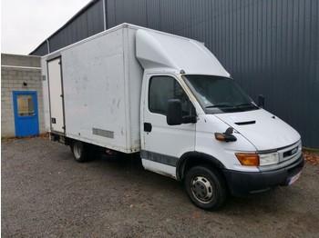 Iveco Daily 40C13 - furgons ar slēgtā virsbūve