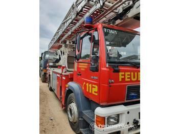 MAN LE 18.284 - пожежна машина