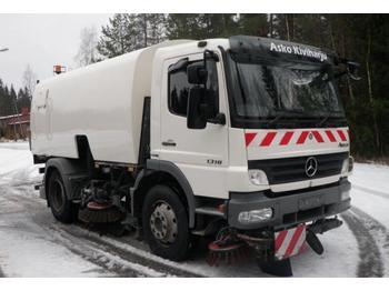 Bucher Cityfant 60 MB1518 Atego  - sklizňový vůz