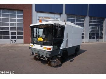 Ravo 5002 - sklizňový vůz