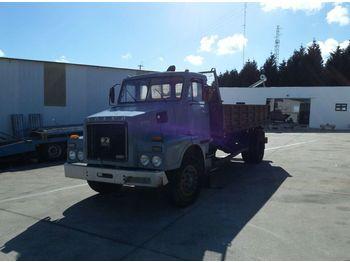 VOLVO N7 210 left hand drive 16 ton 3 way - Kipper