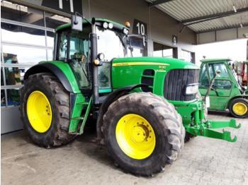 Landbouw tractor John Deere 7430