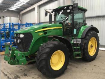 Landbouw tractor John Deere 7930