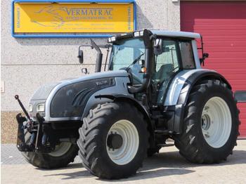 Valtra T162 - landbouw tractor