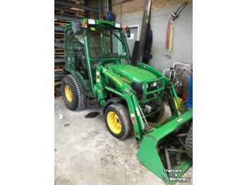 Mini Traktor John Deere 2520: das Bild 1