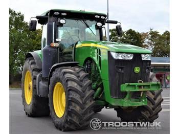 John Deere 8310R - Radtraktor