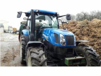 New Holland T6-155E - Radtraktor