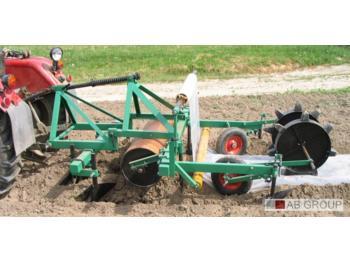 Technik für Bodenbearbeitung Kruszec Folienwickler / Plastic mulch layer/Derouleuse a plastique