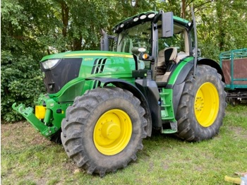 John Deere 6215 R with front PTO - Traktor