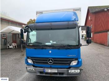 Mercedes 818 - lastbil med skåp