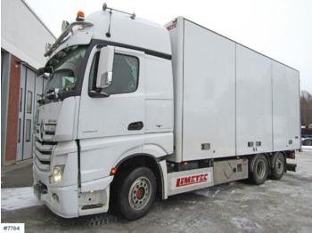 Mercedes Actros - lastbil med skåp