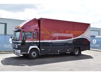 Volvo FL220 - lastbil med skåp