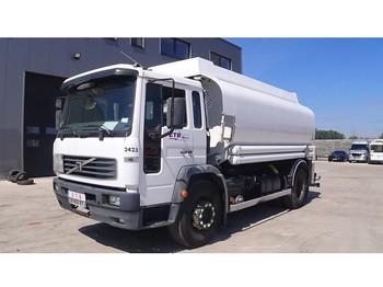 Volvo FL 6 - 19 (19 TONS / 10 BOLTS / 14000 L) - tankbil lastbil