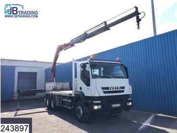 Flatbed lastebil Iveco Trakker 450 6x4, Palfinger crane, Remote control, Steel suspension, Manual, Airco