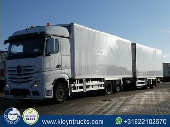 Skap/ distribusjon lastebil Mercedes-Benz ACTROS 2643 6x2*4 chereau lift