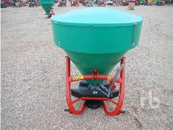 PRONAR FD1-M05L 650 Litre - shpërndarës plehu kimik