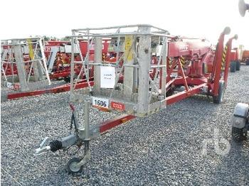 Denka Lift DL18 Electric Tow Behind Articulated - krah me çernjerë