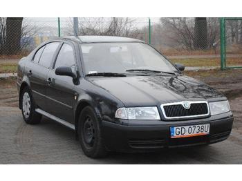 Škoda Octavia  - veturë