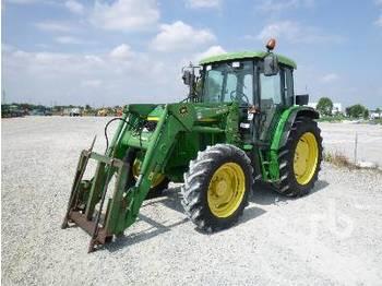 JOHN DEERE 6110 SE - tractor agricola