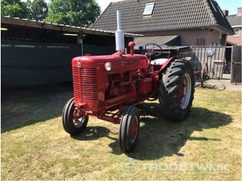 McCormick Super W-6 - tractor agricola