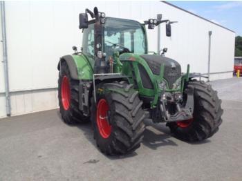 Fendt 724 - ciągnik rolniczy