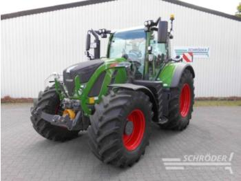 Fendt 724 Vario S4 Profi Plus - ciągnik rolniczy