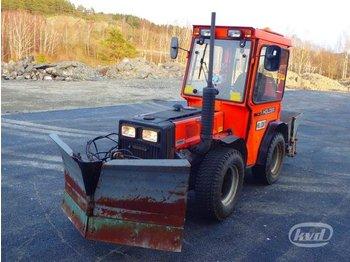 Holder C30 Kompakttraktor med plog -95  - ciągnik rolniczy