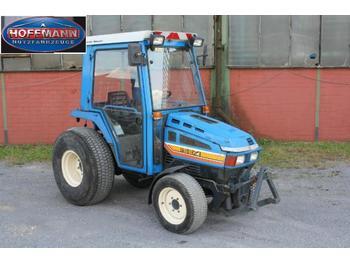 Iseki 3025 A - ciągnik rolniczy