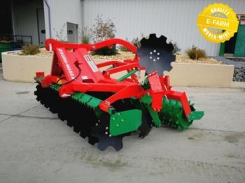 Agro-Masz AT30 AVEC ROULEAU PACKER - kultywator