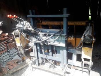 MAMMUT SC 170 M - maszyna do produkcji kiszonki