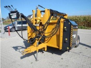 Mammut Profi 4000 L gezogen mit Eigenölversorgung - maszyna do produkcji kiszonki
