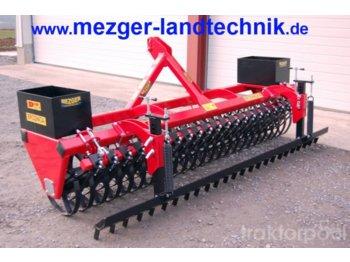 POM Frontpacker 3,0 - maszyna rolnicza