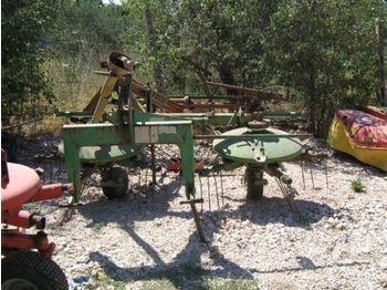 STOLL UM 321 tedder - przetrząsacz