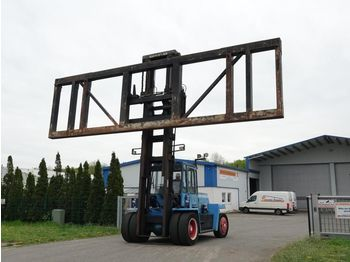 Kalmar DC12-1200 - reach stacker